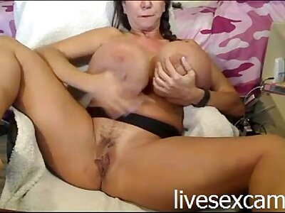Big Jugs Upstairs WebCam - http://livesexcams.ml